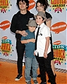 170604_2006-04-01_-_Nickelodeon_Kid__s_Choice_Awards_-_Orange_Carpet_-_065.jpg